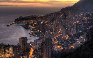 Бесплатные фото вечер,побережье,дома,улицы,огни,море,небо
