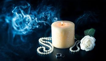 Photo free candle, smoke, beads