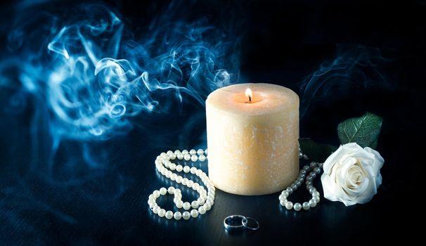 Photo free candle, smoke, beads