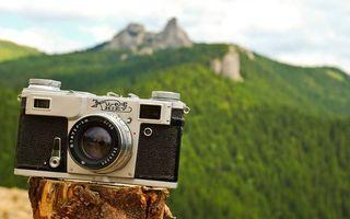 Бесплатные фото фотоаппарат,объектив,надпись,пенек,горы,лес