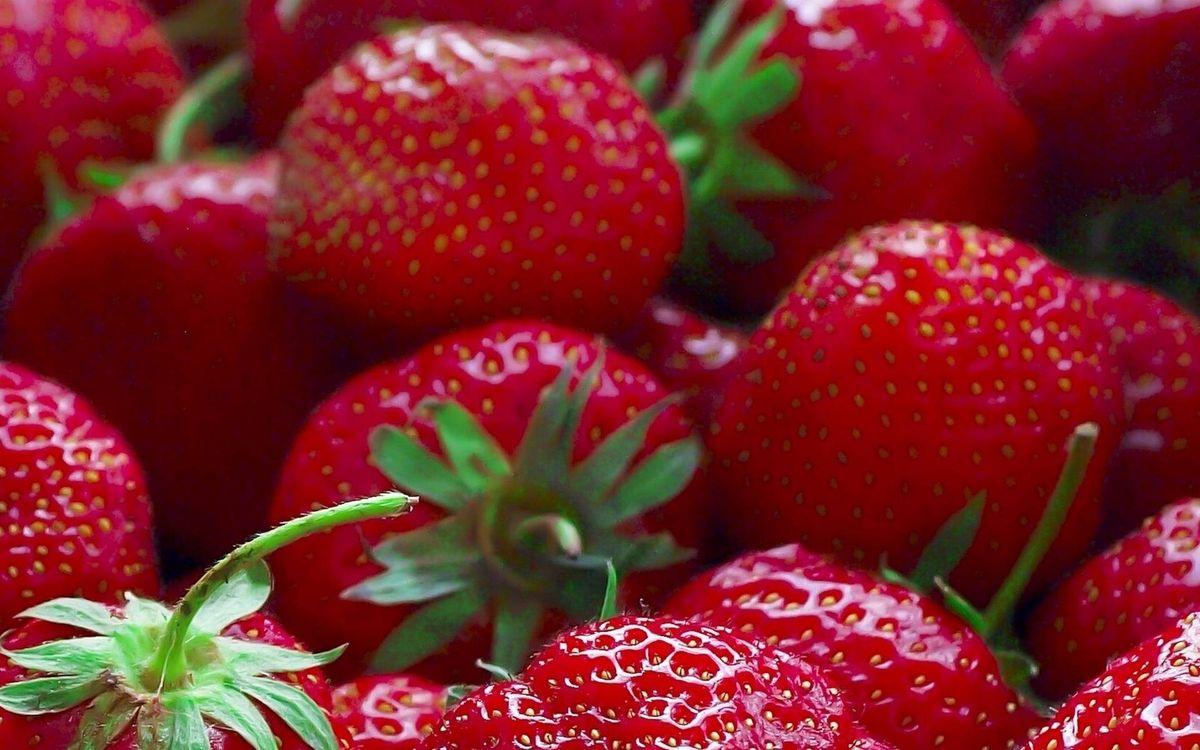 Фото бесплатно ягода, клубника, спелая - на рабочий стол