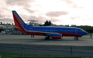 Бесплатные фото самолет,пасажирский,крылья,турбины,хвост,шасси,люди