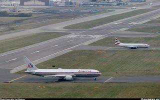 Заставки самолеты, пассажирские, крылья, турбины, хвосты, шасси, взлетная полоса