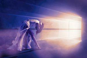 Фото бесплатно девушка, арт, свет в туннелях