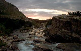 Заставки горы, камни, ручей