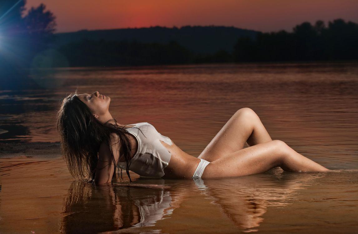 Мокрые ножки девушки фото