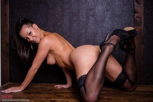 Фото бесплатно поза, обнаженная девушка, Мелисса Мендини