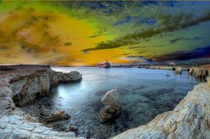 Заставки Коралловый залив, корабль сел на мель, Кипр