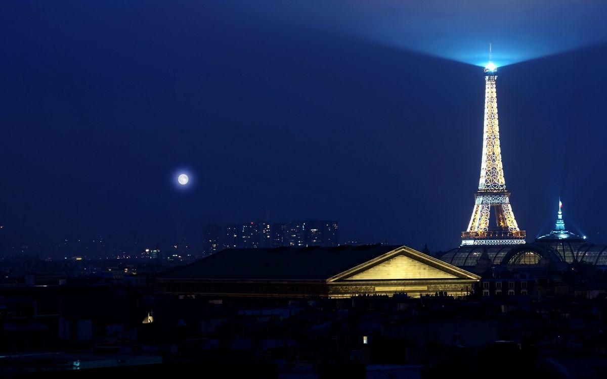Фото бесплатно Эйфелева башня, Луна, вид на достопримечательность - на рабочий стол