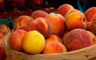 Бесплатные фото фрукты,персики,спелые,корзина