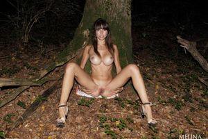 Бесплатные фото Alexandra P,красотка,голая,голая девушка,обнаженная девушка,позы,поза