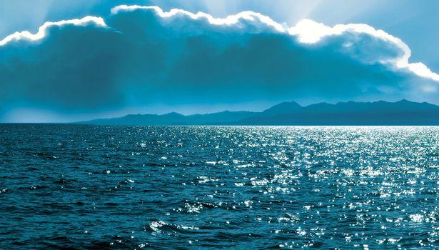 Бесплатные фото море,туча,лучи солнца