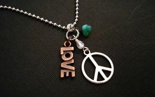 Обои цепочка, медальоны, знаки, love, заставка, разное
