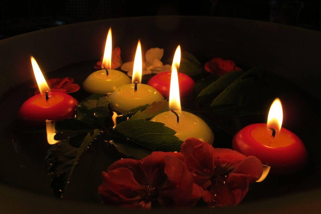 Красивая заставка пламя, свечи