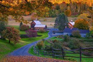 Обои Vermont, осень, дорога, деревья, дома, пейзаж, Вермонт, США