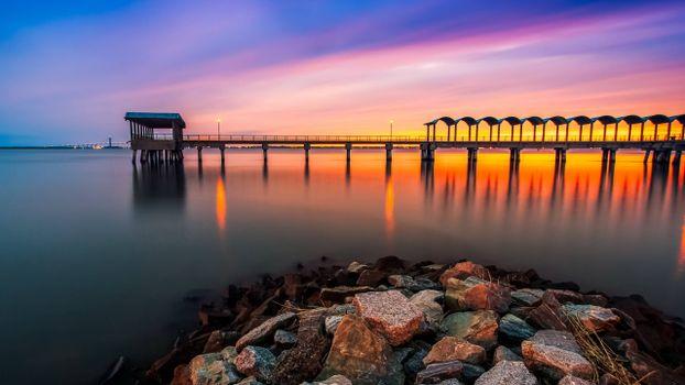 Photo free evening, arbor, pier
