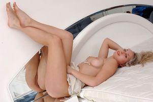 Заставки Airin A, девушка, модель, красотка, голая, голая девушка, обнаженная девушка