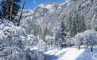 Бесплатные фото зима,река,деревья,снег,сугробы,горы,скалы