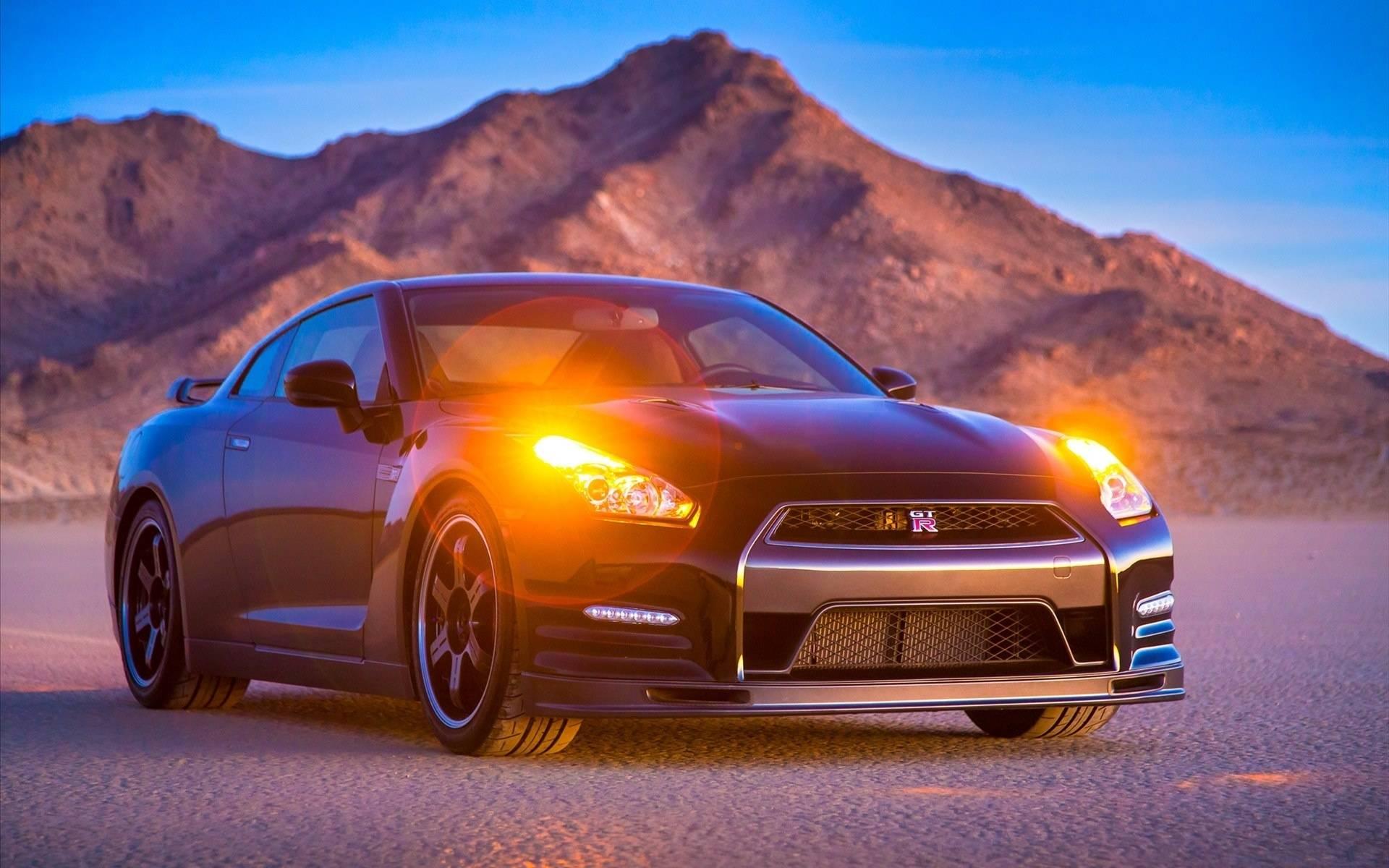 Обои Nissan GT-R, черный, аварийные огни, гора