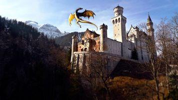Бесплатные фото горы,замок,башни,дракон,полет,крылья,хвост