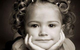 Бесплатные фото ребенок, девочка, прическа, глаза, взгляд, лицо