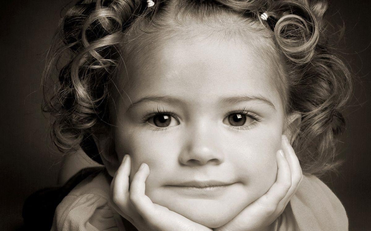 Фото бесплатно ребенок, девочка, прическа, глаза, взгляд, лицо, разное