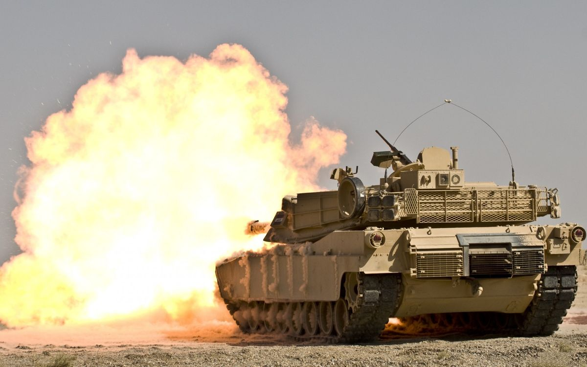 Free photo tank, tower, machine gun, armor, caterpillars, shot, flame - to desktop