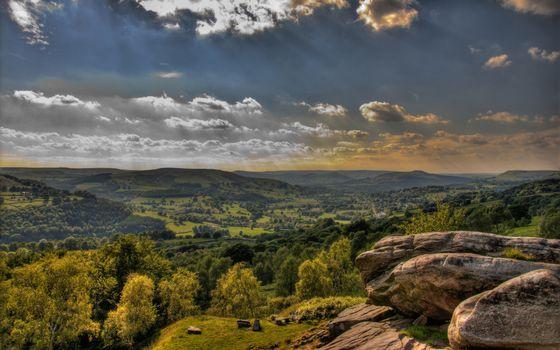 Фото бесплатно холмы, сопки, камни, валуны, трава, деревья, небо, облака