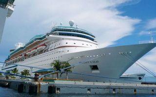 Обои порт, пристань, круизный лайнер, белый, палубы, шлюпки