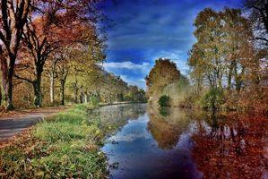 Бесплатные фото осень,парк,канал,дорога,деревья,пейзаж
