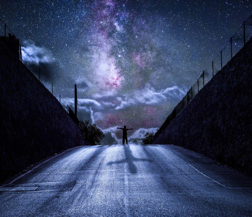 Фото бесплатно дорога, человек, небо - на рабочий стол