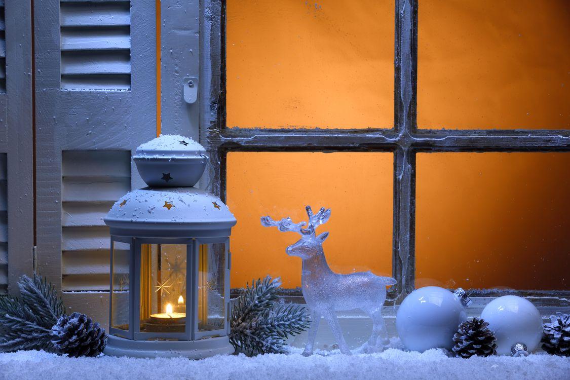 Фото бесплатно Рождество, фон, дизайн, элементы, новогодние обои, новый год, окно, свеча, свечи, фонарь, новый год
