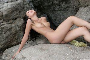 Обои Armida, красотка, голая, голая девушка, обнаженная девушка, позы, поза, сексуальная девушка, эротика