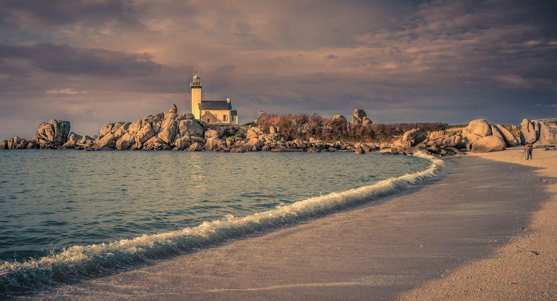 Фото бесплатно Финистер, Франция, Бретань, море, камни, маяк, берег, волны, пейзаж, панорама, пейзажи