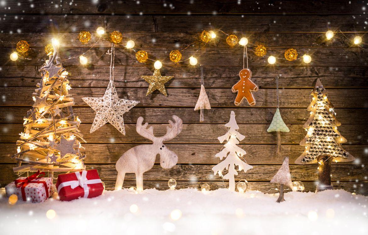 Фото бесплатно новый год, новогодний фон, новогодние обои, С новым годом, новогодний клипарт, новогоднее настроение, гирлянды, игрушки, подарки, новый год