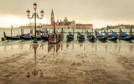 Заставки Венеция, набережная, фонарь