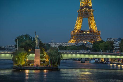 Фото на заставку франция, эйфелева башня