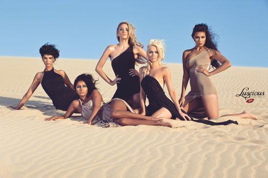 Заставки девушки, красотки, модели