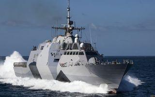 Заставки катер военный, палуба, вооружение, антенны, скорость, брызги, море