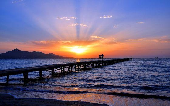 Бесплатные фото мостик,океан,пара,закат