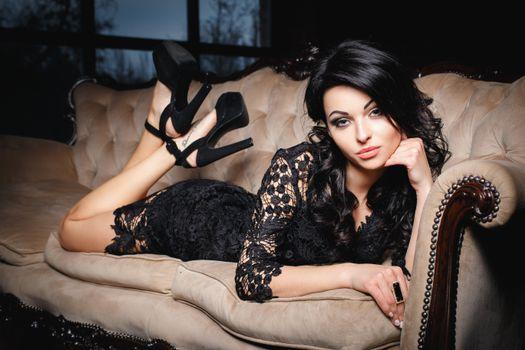 Фото красивая девушка, модель онлайн бесплатно