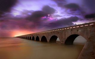 Бесплатные фото море,мост,арки,бетон,небо,тучи
