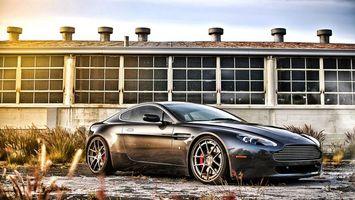 Photo free Aston Martin, gray metallic, large disks