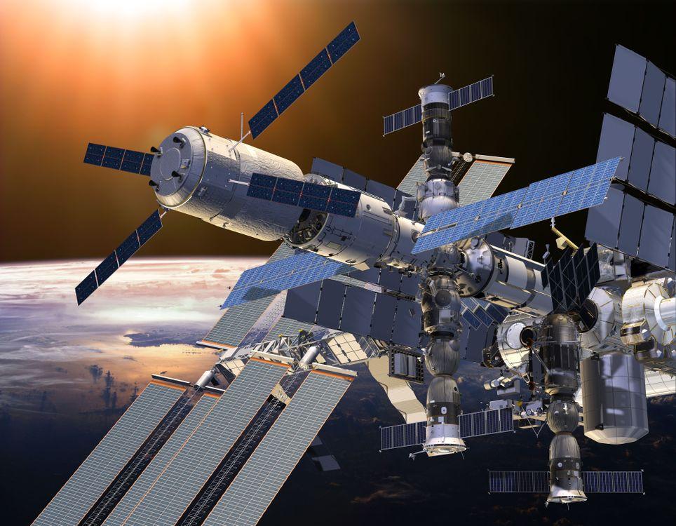 Фото бесплатно МКС, Земля, Солнце - на рабочий стол