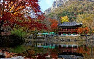 Бесплатные фото пруд,камни,трава,деревья,беседка,китайский стиль,горы