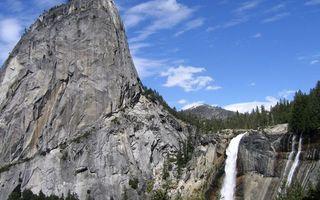 Бесплатные фото горы,скалы,камни,водопад,лес,деревья,небо