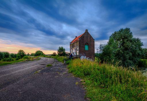 Бесплатные фото Гельдерланд,Нидерланды,закат,дорога,домик,деревья,пейзаж