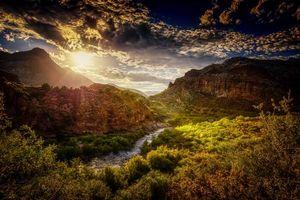 Бесплатные фото Salt River Canyon,Arizona закат,река,горы,деревья,пейзаж