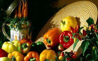 Фото бесплатно шляпа, перцы, листья