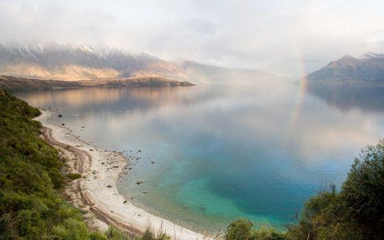 Бесплатные фото озеро,гладь,радуга,горы,растительность,облака